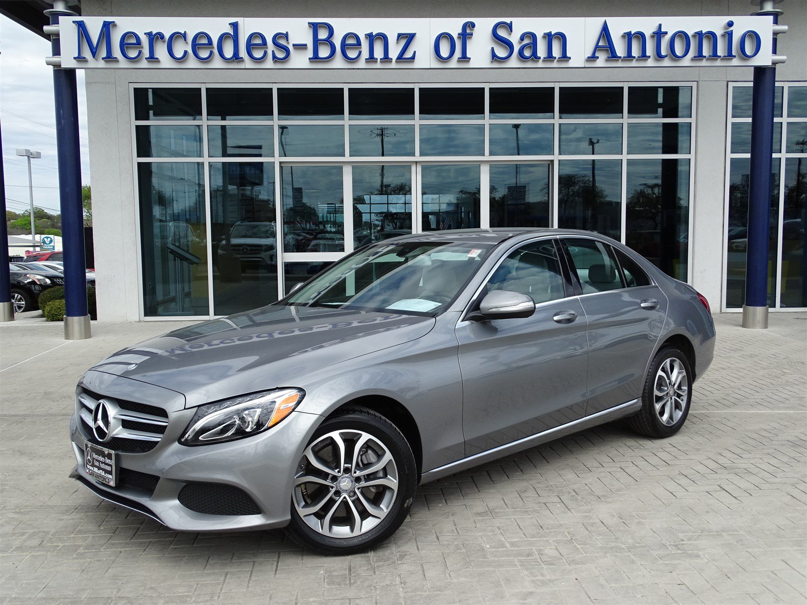 pre owned 2015 mercedes benz c class c 300 4dr car in san antonio 7921p mercedes benz of san. Black Bedroom Furniture Sets. Home Design Ideas